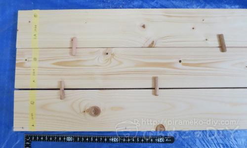 ワンバイ材に木ダボを入れるイメージ